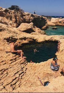 natürlicher Swimmingpool
